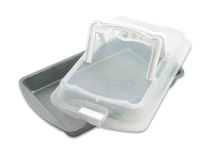 Covered Bakeware With Handles