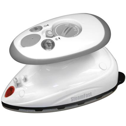 Home and Away Compact Steam Iron