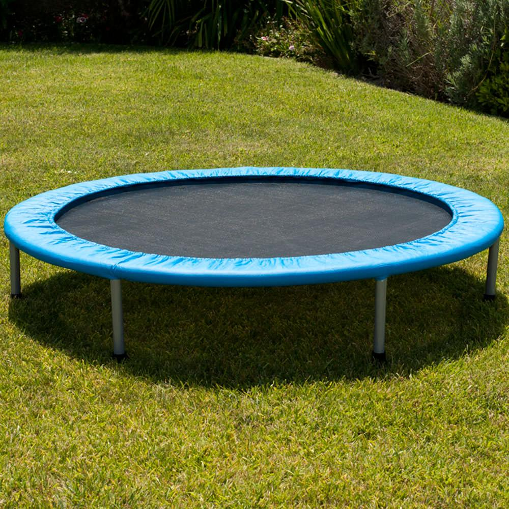 comment fabriquer un trampoline. Black Bedroom Furniture Sets. Home Design Ideas