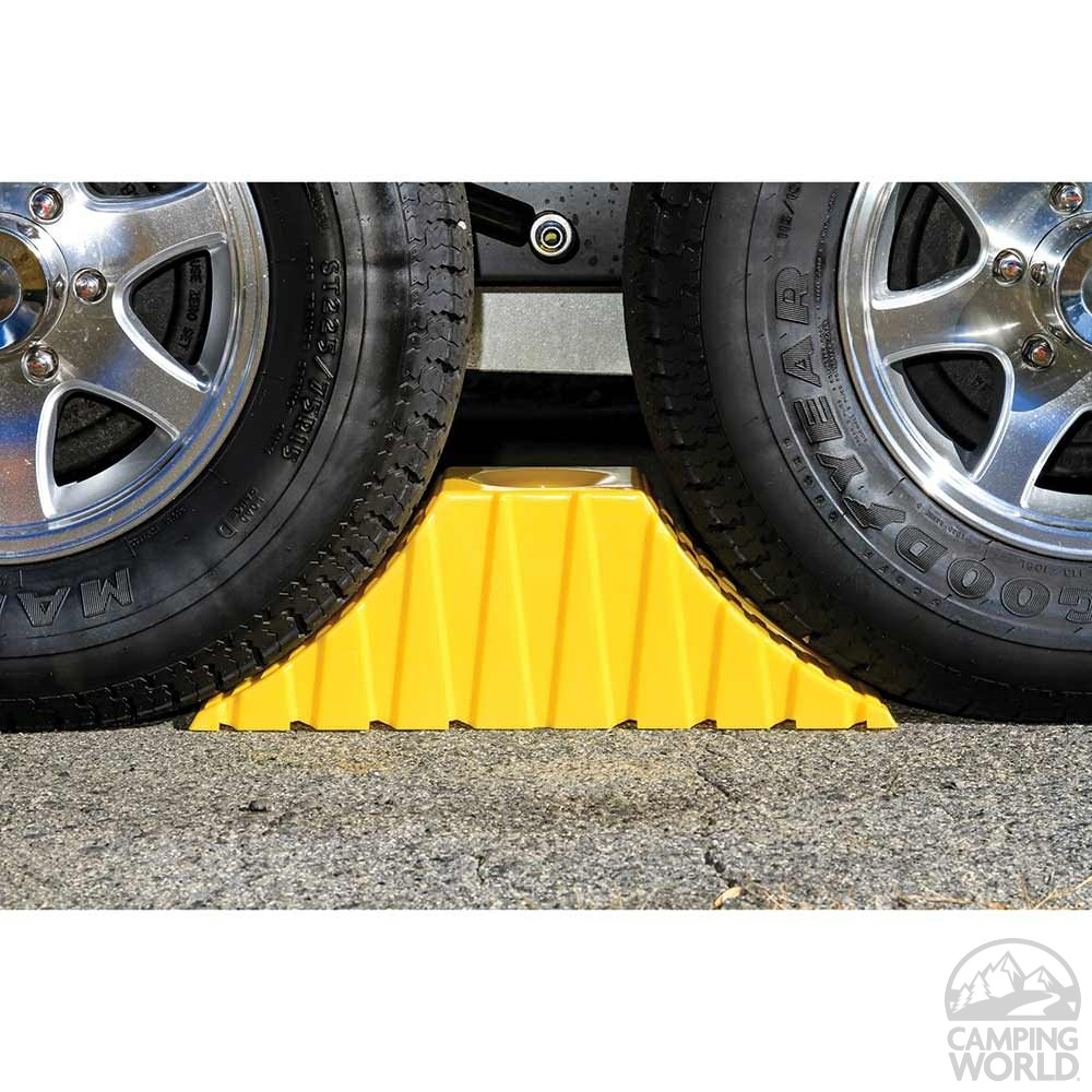 Camper Wheel Chocks >> Tandem Axle Trailer Wheel Chock - Camco 44435 - Chocks