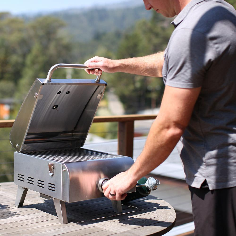 ... Cuisinart Professional Portable Gas Grill ...