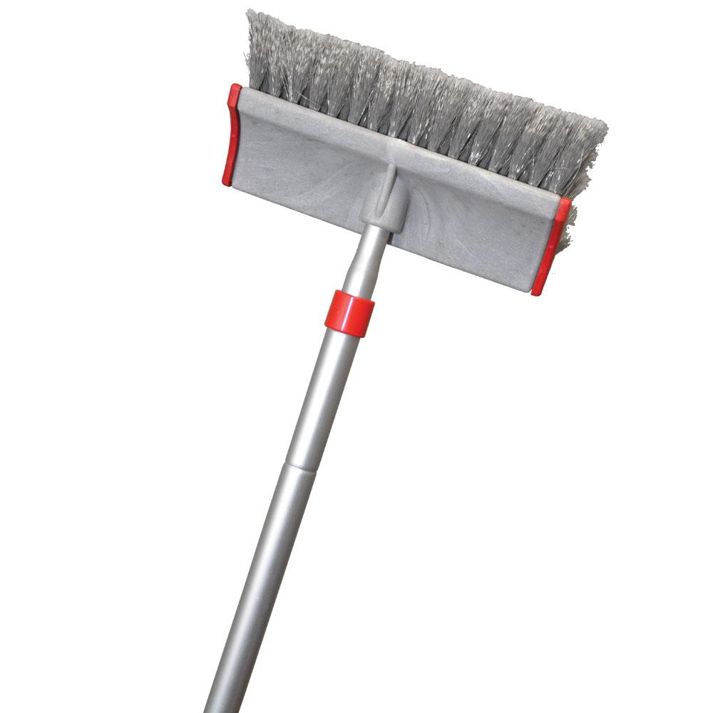 telescopic pole with allabout wash brush