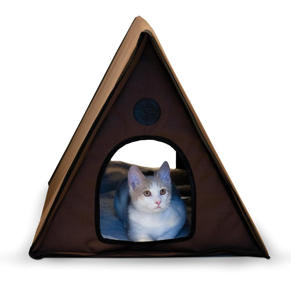 Outdoor Cat House Juni 2015