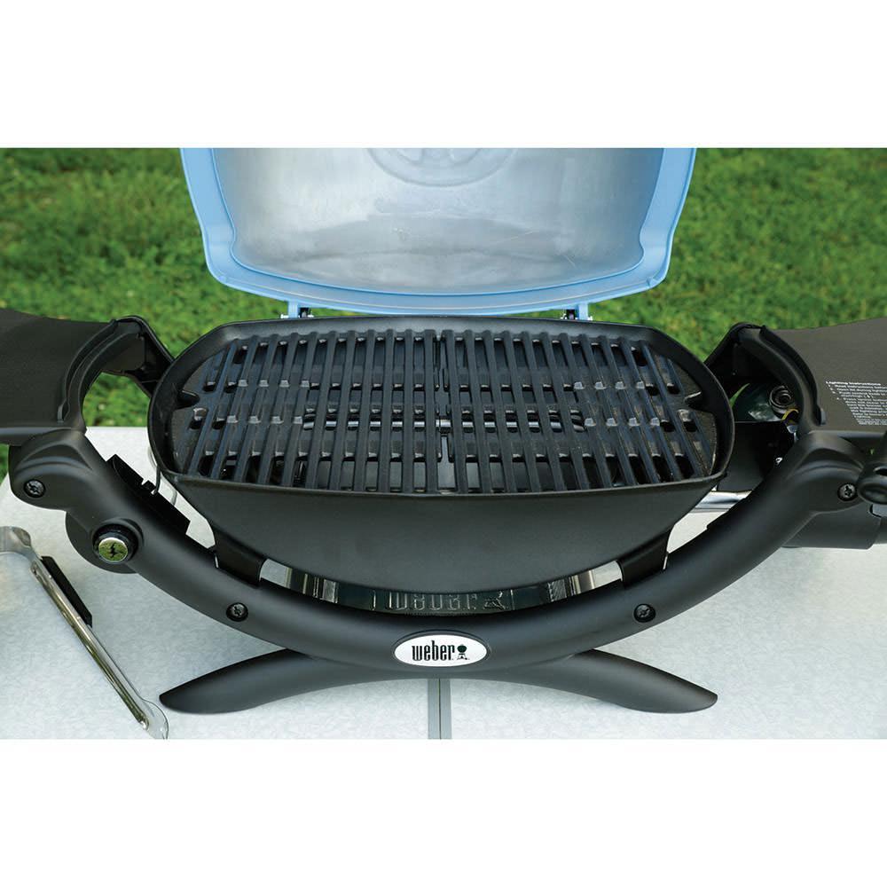blue weber q 1200 weber 51080001 gas grills camping. Black Bedroom Furniture Sets. Home Design Ideas