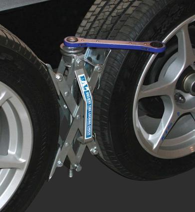 X-Chock Tire Locking Chock, 2-Pack